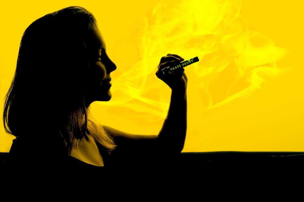 , The Different Ways to Consume Marijuana, Glassblunt