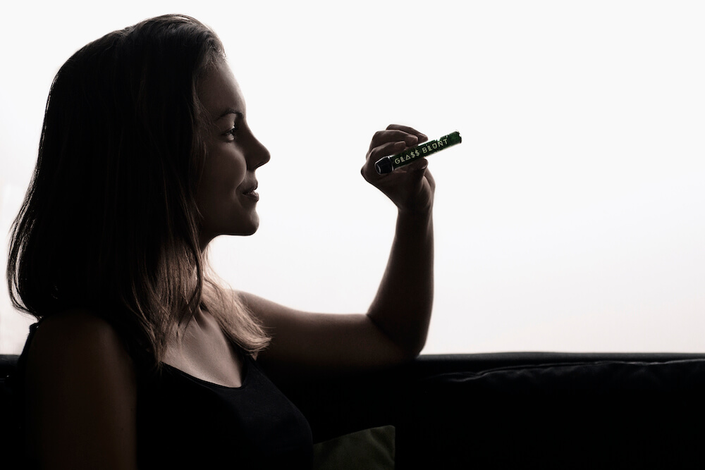 glass blunts, Why Medical Marijuana Users Should Try a Glass Blunt, Glassblunt
